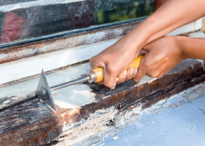 How to Remove Paint From Wood Without Sanding Image