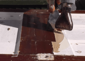 How to Remove Paint From Wood Without Chemicals Image