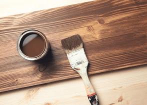 How Many Coats of Primer on Wood Image
